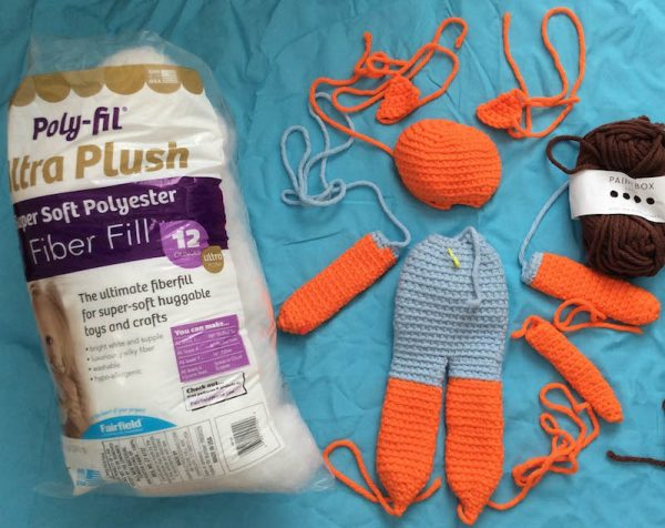 Free crochet pattern: Kitty in a Romper in Paintbox Yarns Wool Mix Chunky yarn stuffed with Fairfield Poly-Fil Royal Silk Fiber Fill by Underground Crafter - supplies