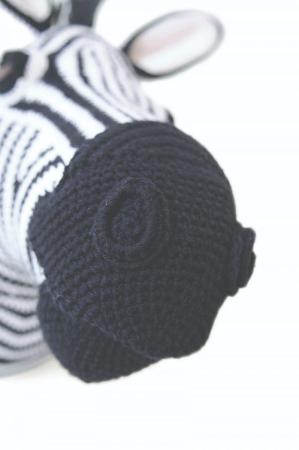 Zebra free crochet amigurumi faux taxidermy trophy head pattern by Vanessa Mooncie via Underground Crafter - detail of muzzle