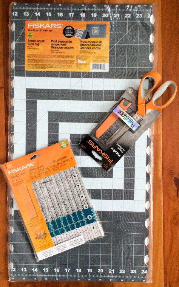 Fiskars Folding Ruler and Cutting Mat with Razor Edge via Underground Crafter