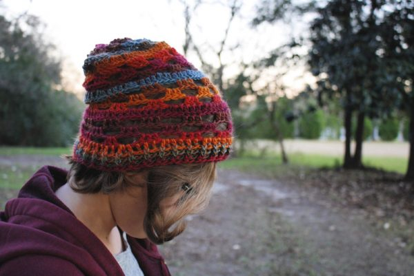 Free crochet pattern: Window Block Beanie by Psychedelic Doilies for Underground Crafter