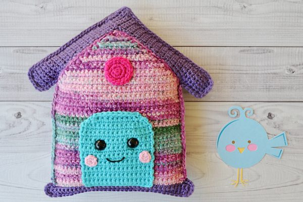 Free crochet pattern: Birdhouse Kawaii Cuddler amigurumi in assorted Red Heart yarns by 3amgracedesigns for Underground Crafter - with bird