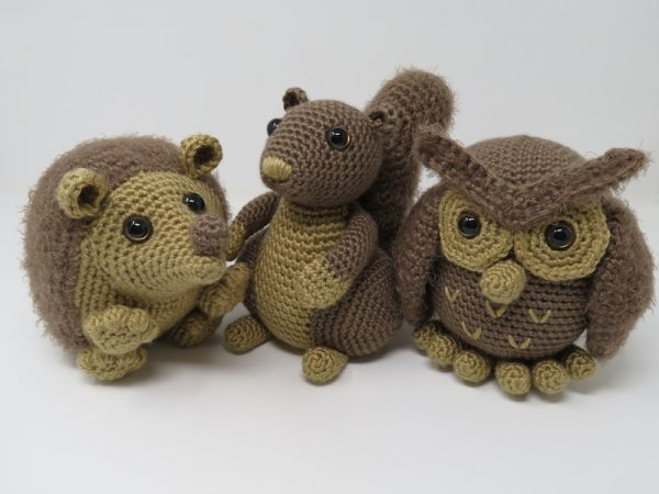Hygge Squirrel, free crochet amigurumi pattern by Hooked by Kati for Underground Crafter - Hygge Squirrel, Hygge Owl, and Hygge Hedgehog