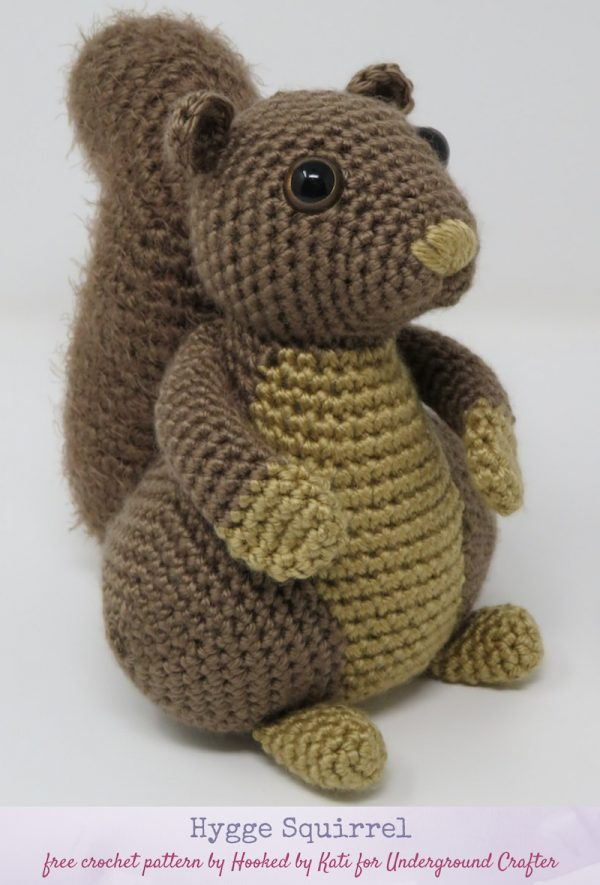 Hygge Squirrel, free crochet amigurumi pattern by Hooked by Kati for Underground Crafter