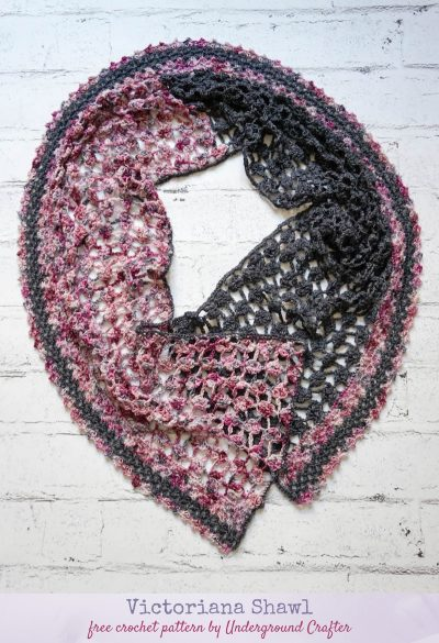 Free crochet pattern: Victoriana Shawl in Murky Depths Dyeworks Deep Sock by Underground Crafter